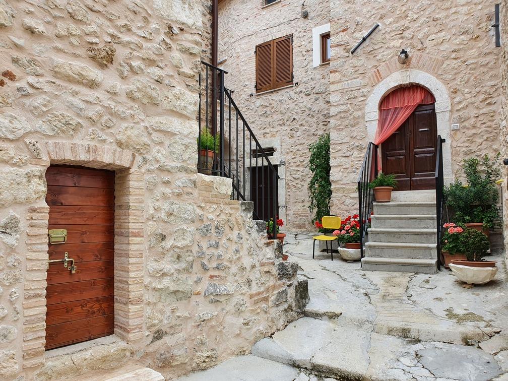 Villa Santa Lucia Degli Abruzzi (AQ)